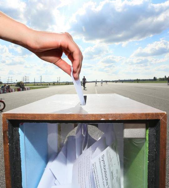 Voto online verificabile autonomamente e in modo sicuro con POLYAS